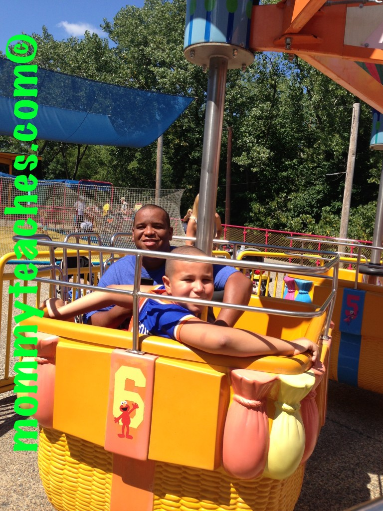 Our Overview of Sesame Place | Mommy Teaches on michigan's adventure map, busch gardens map, legoland map, canobie lake park map, idlewild and soak zone map, six flags map, hersheypark map, kings island map, disneyland map, knoebels map, knott's berry farm map, carowinds map, king of prussia mall map, adventure island map, aquatica map, discovery cove map, kings dominion map, dorney park map, cedar point map, peddler's village map,