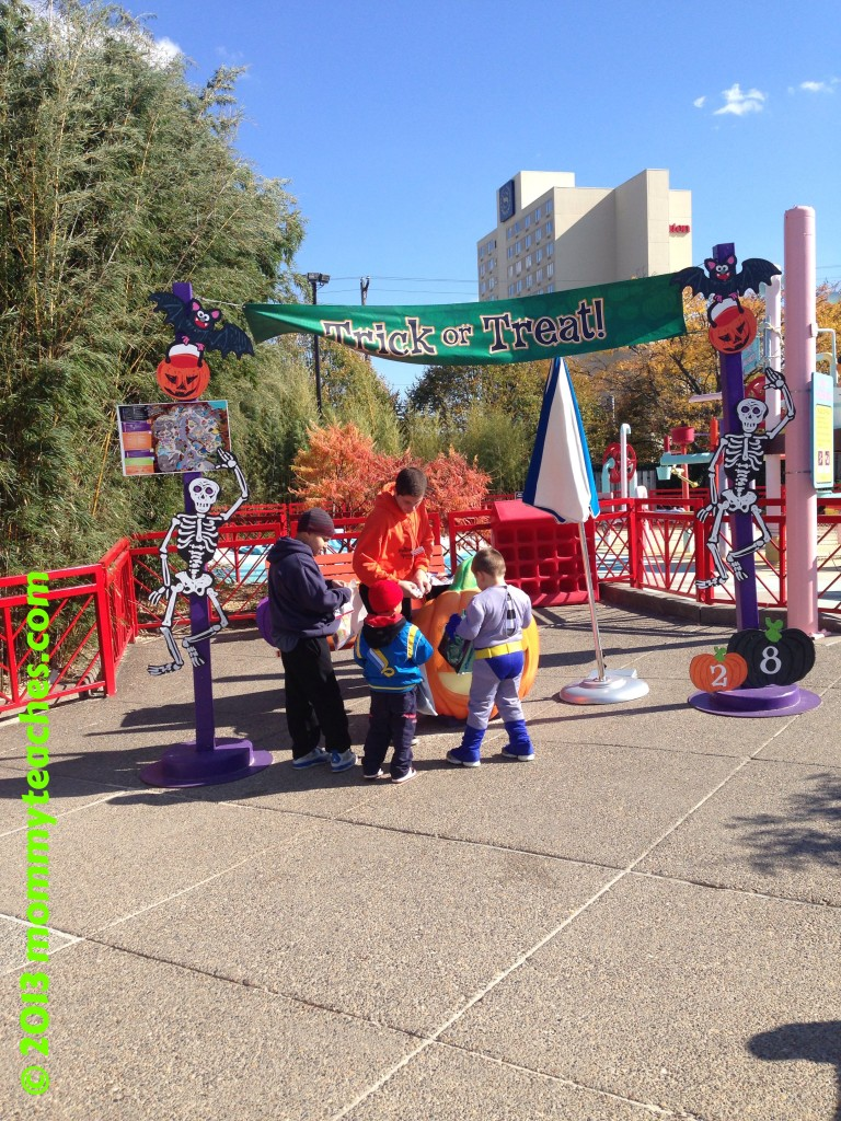 One of the several Trick-or-Treat stations at Sesame Place. They served healthy snacks!